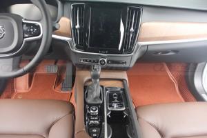 成都:沃尔沃S90内饰改装360软装地毯 成都车之绮