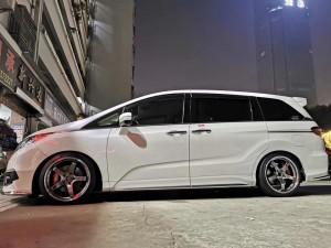 奥德赛,换 全新横滨 GT 19寸 ➕ 米其林轮胎 完工!效果非常棒,姿态优美